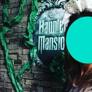 DIY Accessories - Disney Haunted Mansion Ghost Hostess Lace Headband